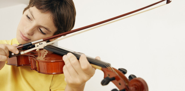 Looking for music lessons in Springfield Township? Drop us a